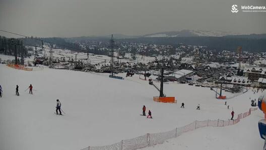Zdjęcie z nowości Ferie 2019 - dziś odpoczynek rozpoczynają uczniowie z 4 województw: dolnośląskiego, mazowieckiego, opolskiego oraz zachodniopomorskiego. Sprawdź online, na którym stoku narciarskim chcesz korzystać z uroków zimy.