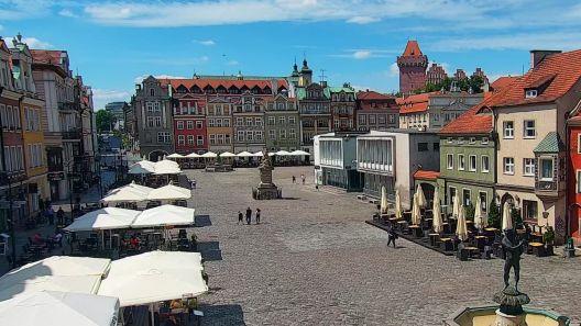 Widok z Kamery na Rynek w Poznaniu na żywo