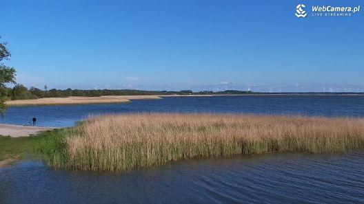 Widok z Kamery na Jezioro Bukowo z DĄBEK.