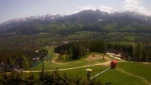 Widok z Kamery na trasy zjazdowe na Polanie Szymoszkowej w Zakopanem