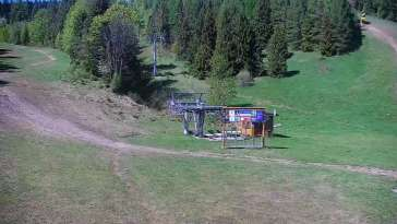 Widok na trasy narciarskie na Słowacji. Online prosto z ośrodka Bachledka - Jezersko