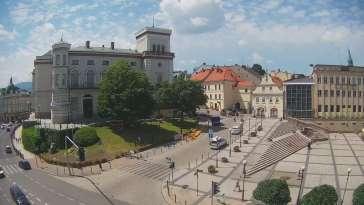 Widok z Kamery na Plac Bolesława Chrobrego w Bielsku-Białej na żywo