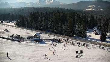 Widok z Kamery na dolny odcinek trasy w Jurgów -ski