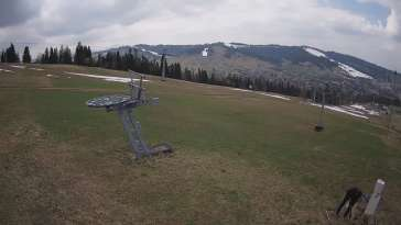 Litwinka Grapa w Czarnej Górze - widok na stok narciarski