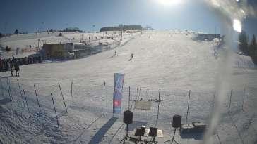 Widok na dolny odcinek stoku narciarskiego Master Ski
