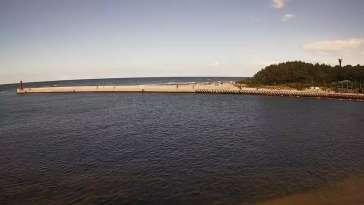 Zdjęcie z kamery Mrzeżyno - wejście do portu
