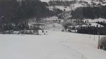 Widok live z kamery na stacji narciarskiej w miejscowości Rytro
