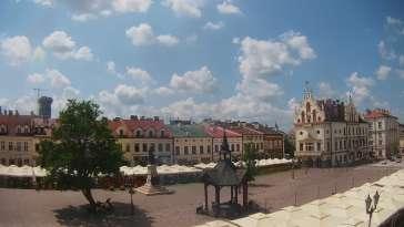 Widok z Kamery na Stary Rynek w Rzeszowie na żywo