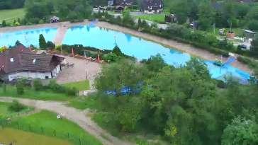 Widok na panoramę gór ze stacji narciarskiej Polana Szymoszkowa