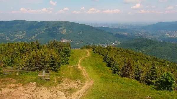 Widok na trasę narciarską Centralnego Ośrodka Sportów Zimowych