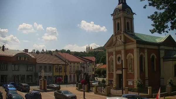 Ujęcie z kamery na Kalwarie Zebrzydowską założoną w pierwszej poł. XVII w.