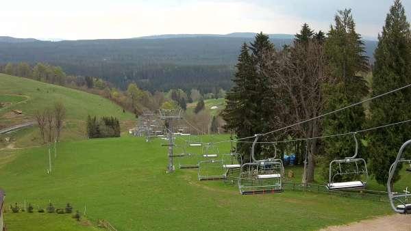 Widok ze stacji narciarskiej Ski Arena Mieszko w Zieleńcu