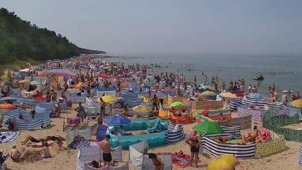 Pobierowo kamera na miasto i plażę
