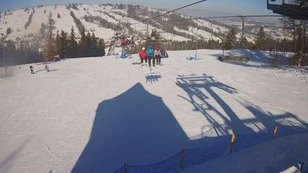 Ski Suche - widok z górnej stacji ośrodka narciarskiego
