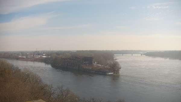 Widok z Kamery na styk rzeki Narew z Wisłą