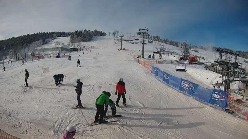 Widok z Kamery na stację narciarską Gryglówka w Zieleńcu