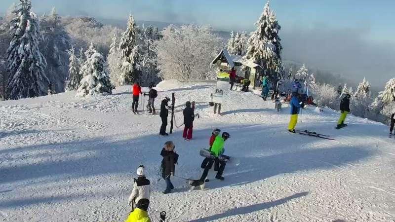 Widok na Tatry z obrotowej kamery na Jaworzynie Krynickiej