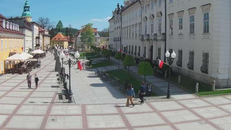 JELENIA GÓRA - widok na Plac Piastowski NOWOŚĆ