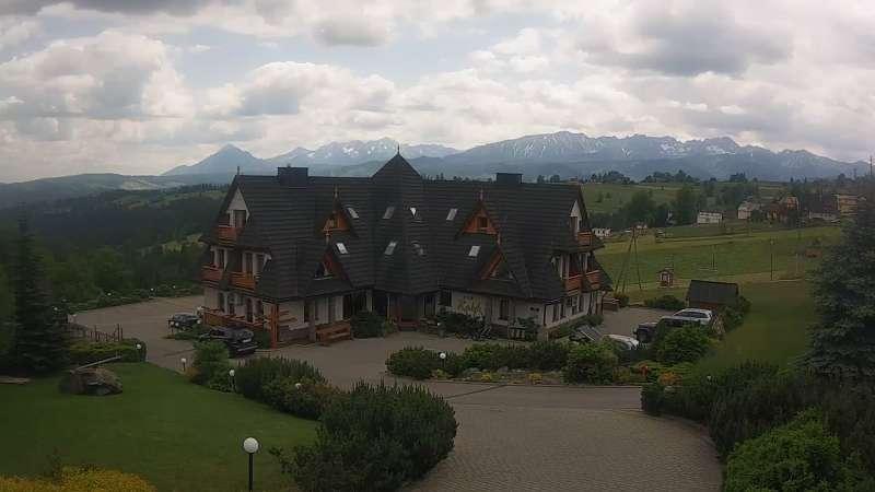 Widok na Hotel - Redyk w Ząbie koło Zakopanego