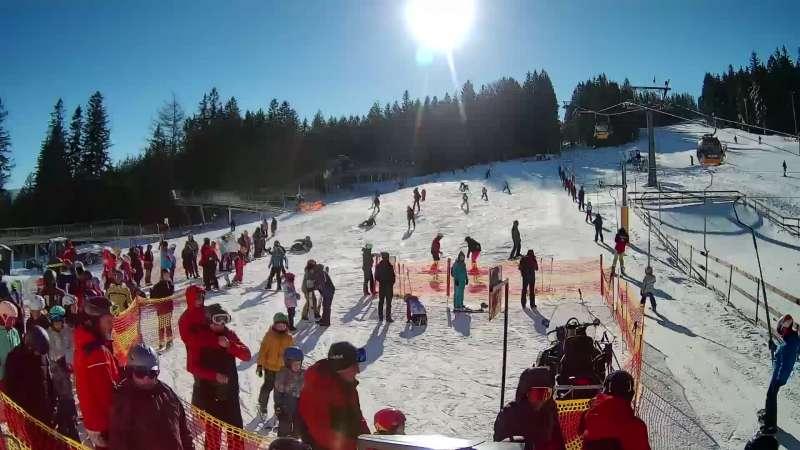 Widok na dolną stację narciarską Świeradów Ski&Sun