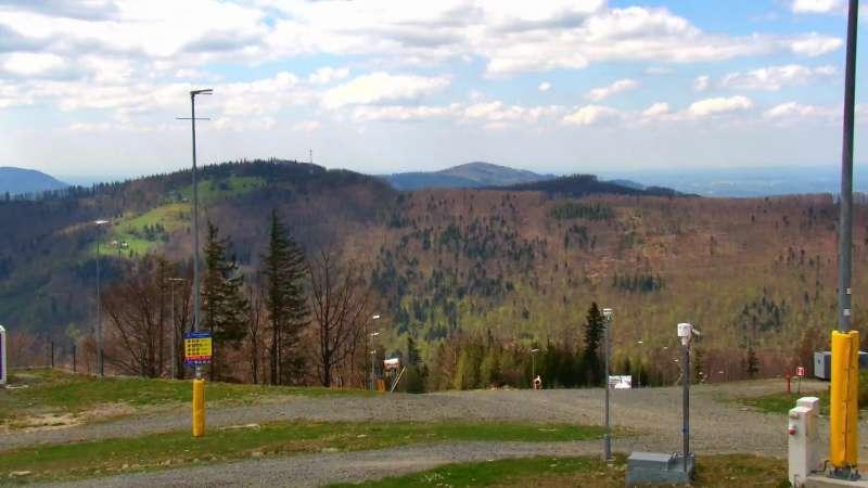 Widok z Kamery na Halę Skrzyczeńską - NOWOŚĆ