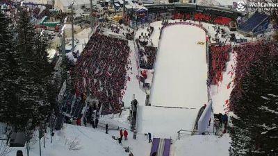 Ujęcie z kamery na Wielką Krokiew w Zakopanem w czasie Pucharu Świata w skokach narciarskich.