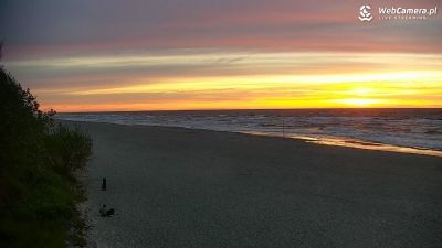 Ujęcie z kamery na zachodzące słońce w Grzybowie. Błękitna Flaga - Ranking plaż 2020r