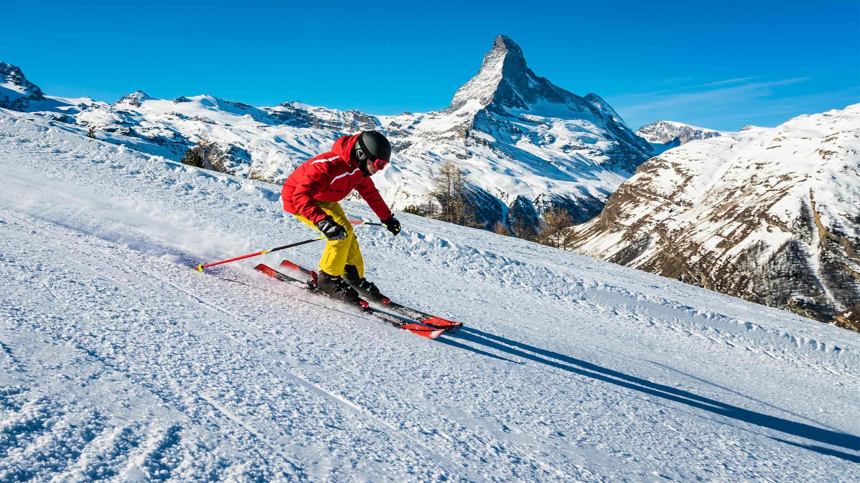 Nie zapomnij o odpowiednim ubezpieczeniu na narty.