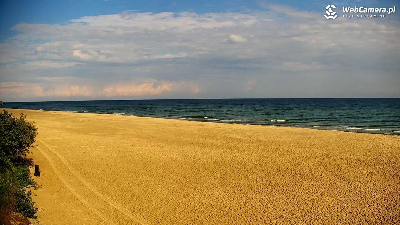 Szeroka plaża wJastrzębiej Górze