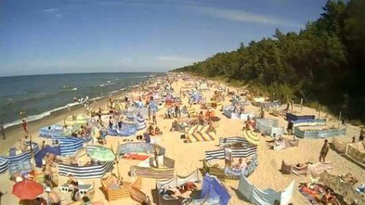 Widok na otwarte Plaże i Mola w związku z epidemią koronawirusa w Polsce.