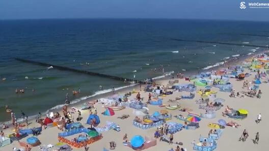 Zdjęcie z nowości Uff, jak gorąco !!! Kolorowe parawany, piasek i morze - oglądaj Live