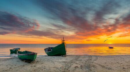 Widoki na żywo z piaszczystych plaż nad Bałtykiem.